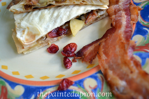 cranberry apple quesadilla thepaintedapron.com
