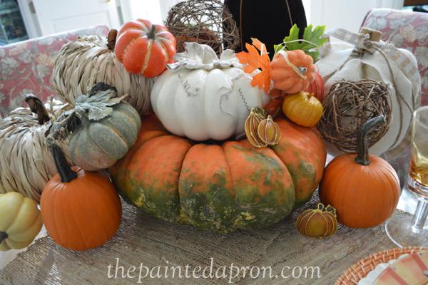 pumpkin pile 3 thepaintedapron.com