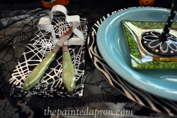 ghost napkin ring thepaintedapron.com