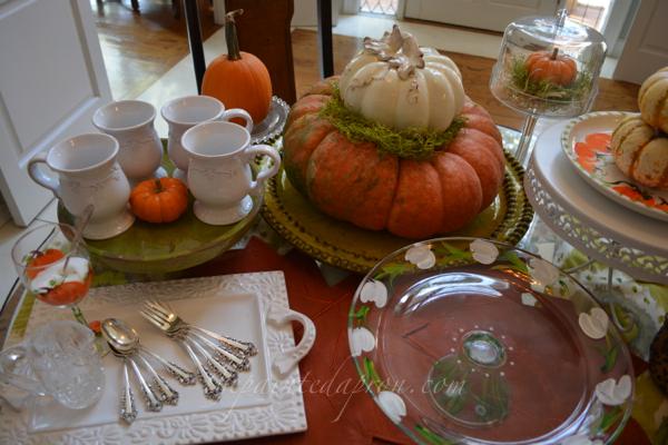 pumpkin dessert table thepaintedapron.com