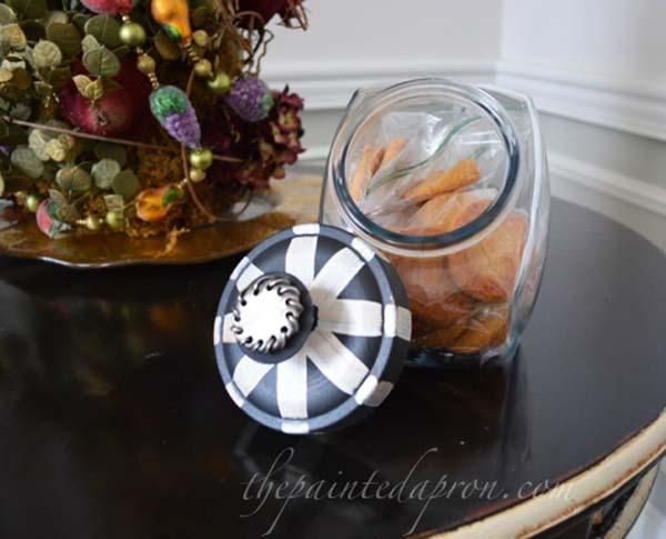painted lid for cookie jar thepaintedapron.com