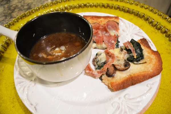 sesame crust veggie pizza thepaintedapron.com