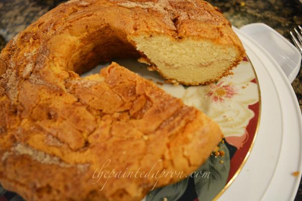 sour cream vanilla cake thepaintedapron.com