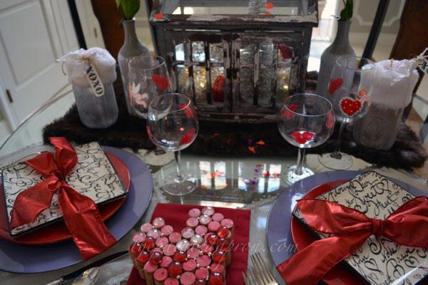 Sweetheart table thepaintedapron.com