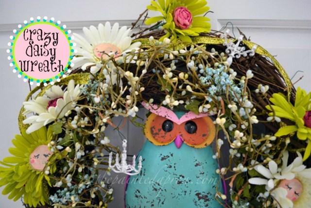 Crazy Daisy wreath thepaintedapron.com