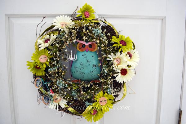 Garden Fairy Daisy Wreath thepaintedaproncom