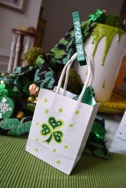 mini treat bag thepaintedapron.com