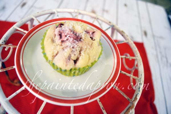strawberry muffin 2 thepaintedapron.com