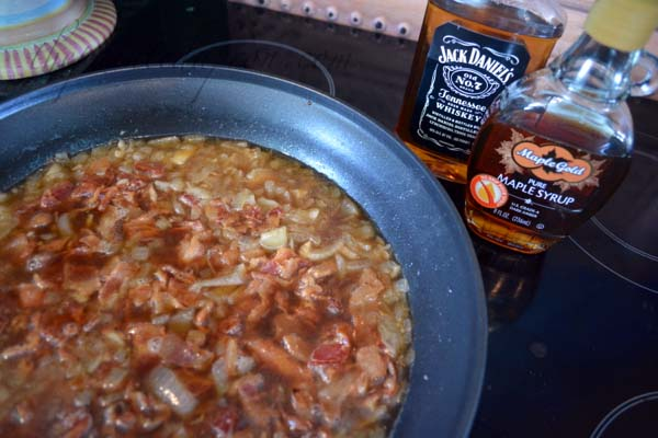 maple bourbon bacon jam thepaintedapron.com