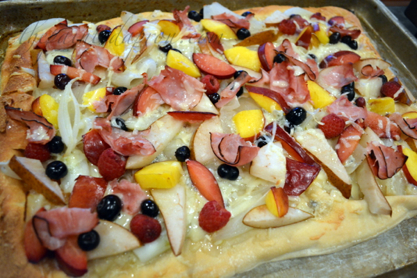 summer fruit flatbread thepaintedapron.com