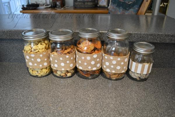 burlap ribbon jars thepaintedapron.com
