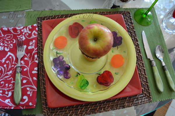 apple place setting thepaintedapron.com