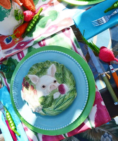 pig place setting