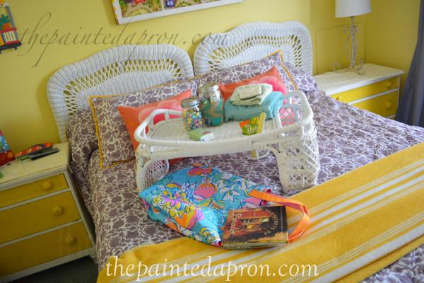 guest room thepaintedapron.com