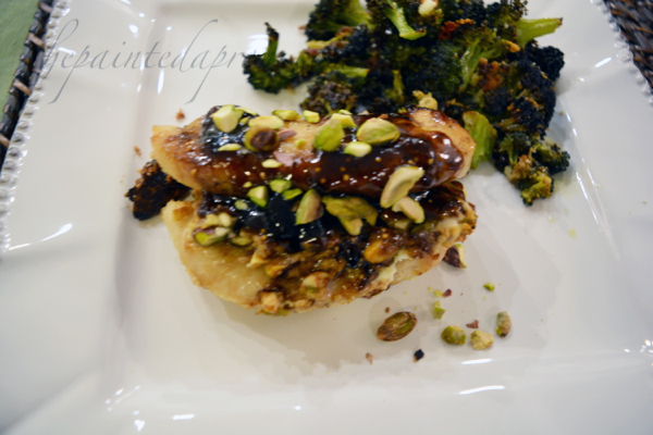 fig-glazed-stuffed-chicken-with-goat-cheese