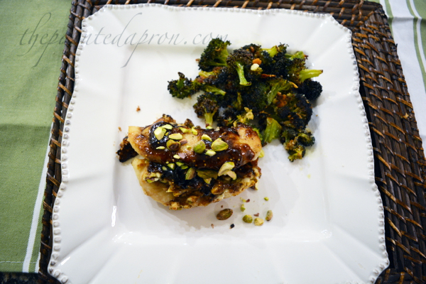 figgy-chicken-with-broccoli-candy