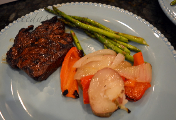 steak-with-grilled-vegetables