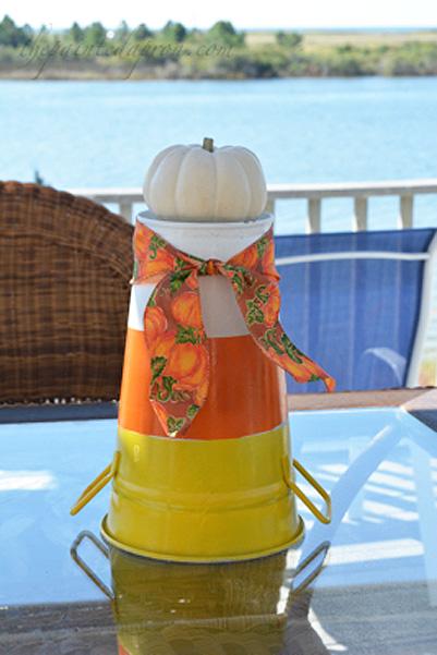 candy-corn-bucket