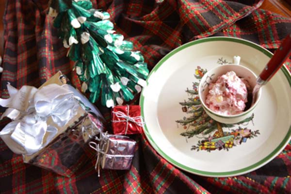 cranberry-christmas-ice-cream