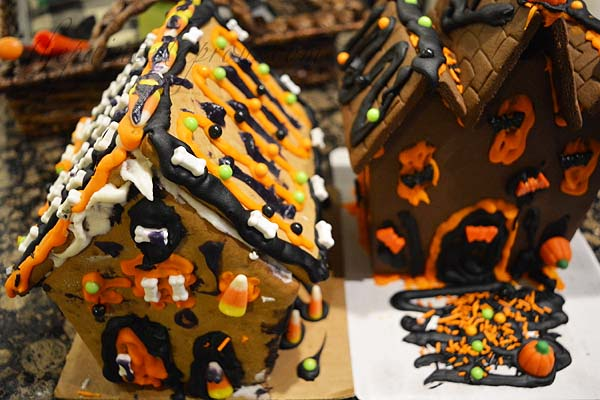 haunted-gingerbread