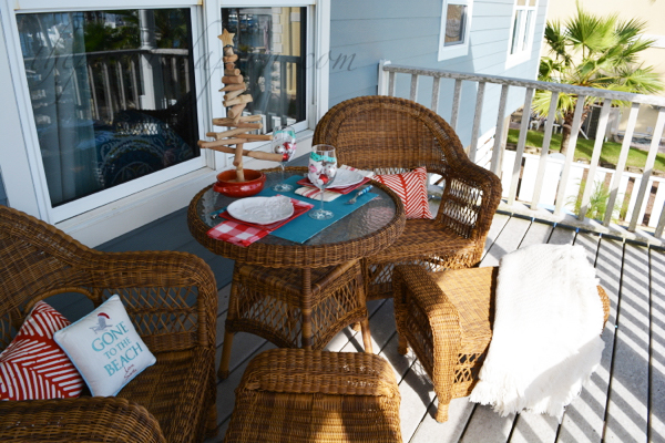 porch-table-for-2