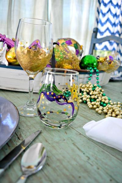 mardi-gras-glasses