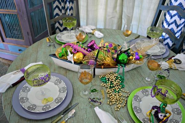mardi-gras-table