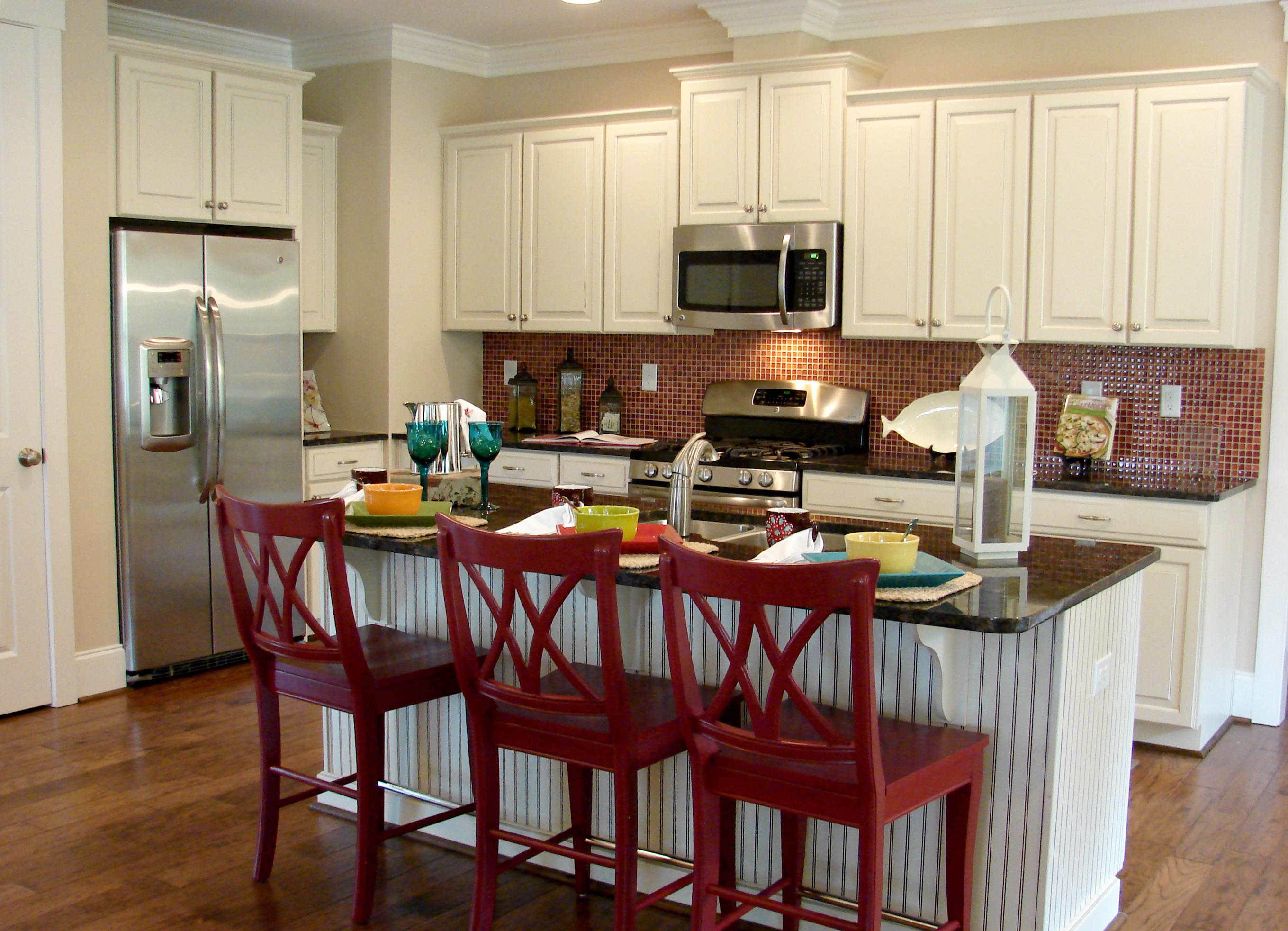 Red And Beige Country Kitchens Images