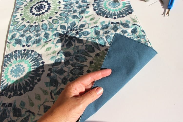 placemat-pillows-two-sided