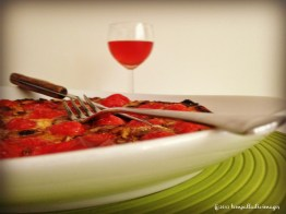Knife, Fork and iPhone | ©Tom Palladio Images