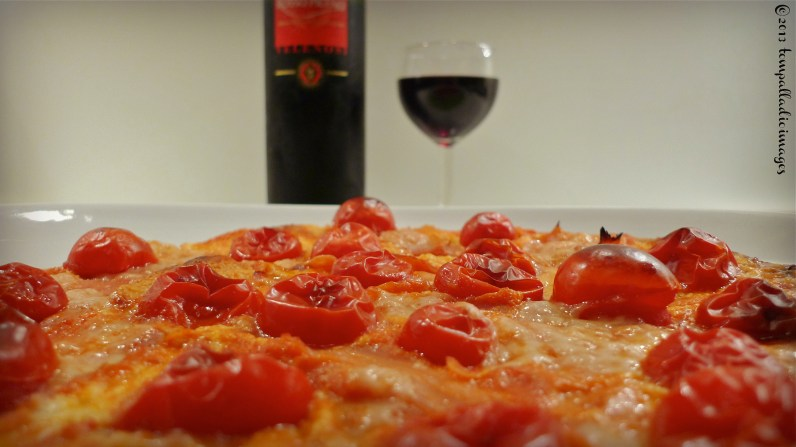 Red October Pizza - Holliday | ©Tom Palladio Images
