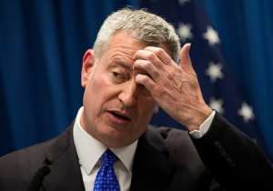 Report: De Blasio Ordered Police to Clear Homeless Out of Subways Before His Ride
