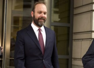 Key Mueller witness admits he stole several hundred thousand dollars from Manafort