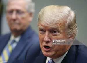 Report: Trump loyalists feel underrepresented in WH