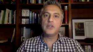 Reza Aslan just said HS MAGA Hat kid has a 'punchable face'