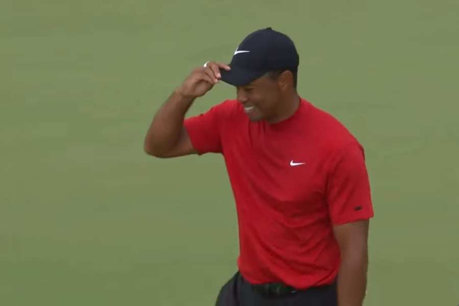 Tiger Completes Comeback, Wins Masters on Final Day