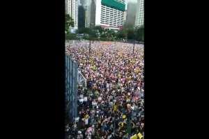 Anti-Gun Alyssa Milano calls for Americans to be more like Hong Kong protestors