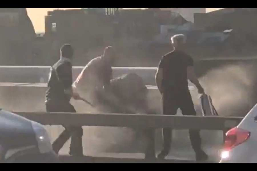 WATCH: Men use Narwhal Tusk, extinguisher to stop terror attack