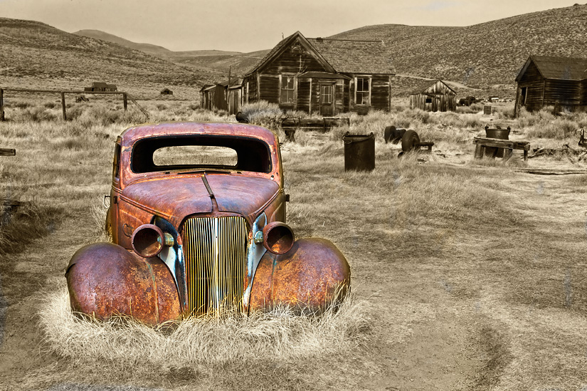 Old Car by Gary Hamburgh - All Rights Reserved