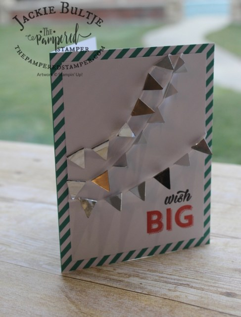 The banners on this simple card really make it shine! Wish big for your next birthday and get this adorable Birthday Bright Project Kit.