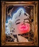 Marilyn 1 Tecnica mista su tavola, neon e plexiglas (PMMA) combusto 150x100x13 cm