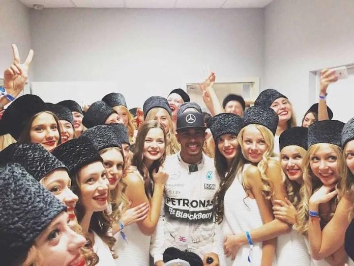 Hamilton russia grid girls