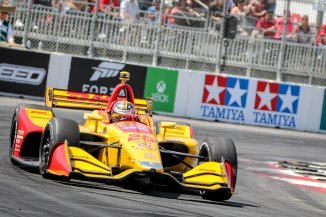 Ryan Hunter-Reay has a rough afternoon on the streets of Long Beach. -- Photo by Scott James, @sjamesphoto
