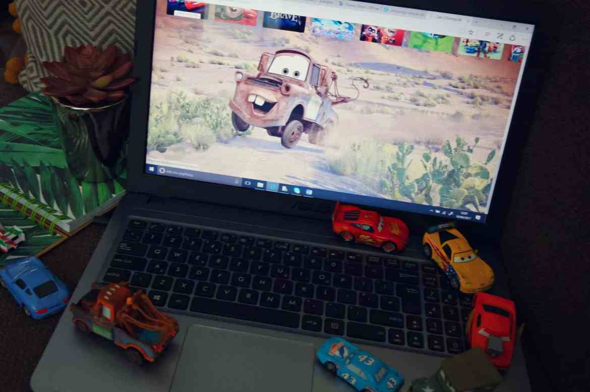 Laptop with cars app disney life
