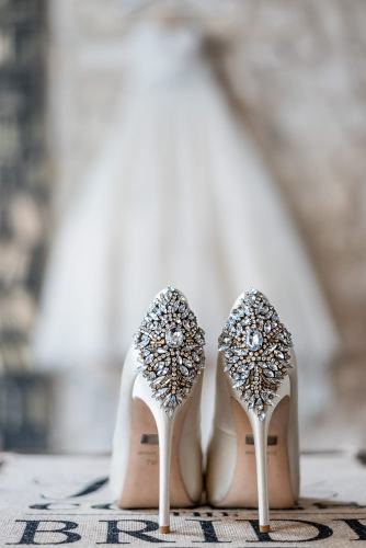 Wedding photographer in Paris - Beautiful details of Badgley Mishka bridal shoes and wedding dress