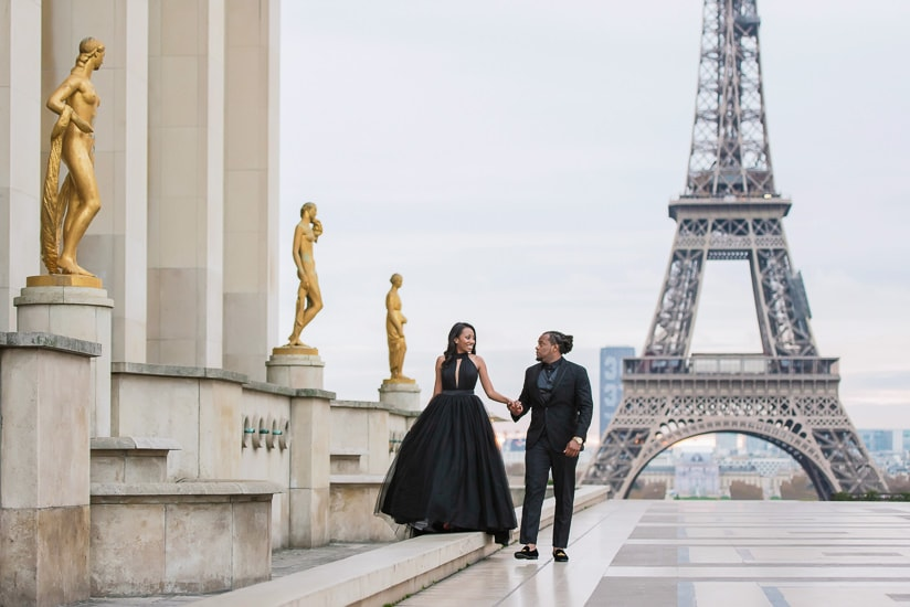 Cute couple photoshoot in Paris - Walking hand in hand in the city of love