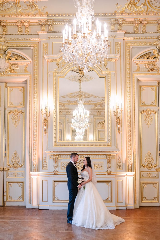 Shangri La is one of the most beautiful places to elope in paris