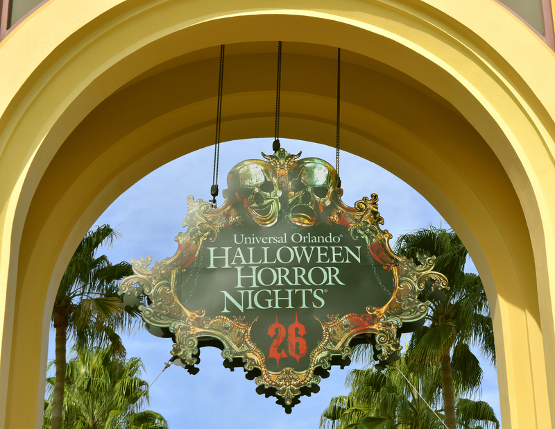 These creative group halloween costume ideas are sure to smash it this year! Guide to Halloween Horror Nights 2021 - Haunted Houses, Dates, & More!