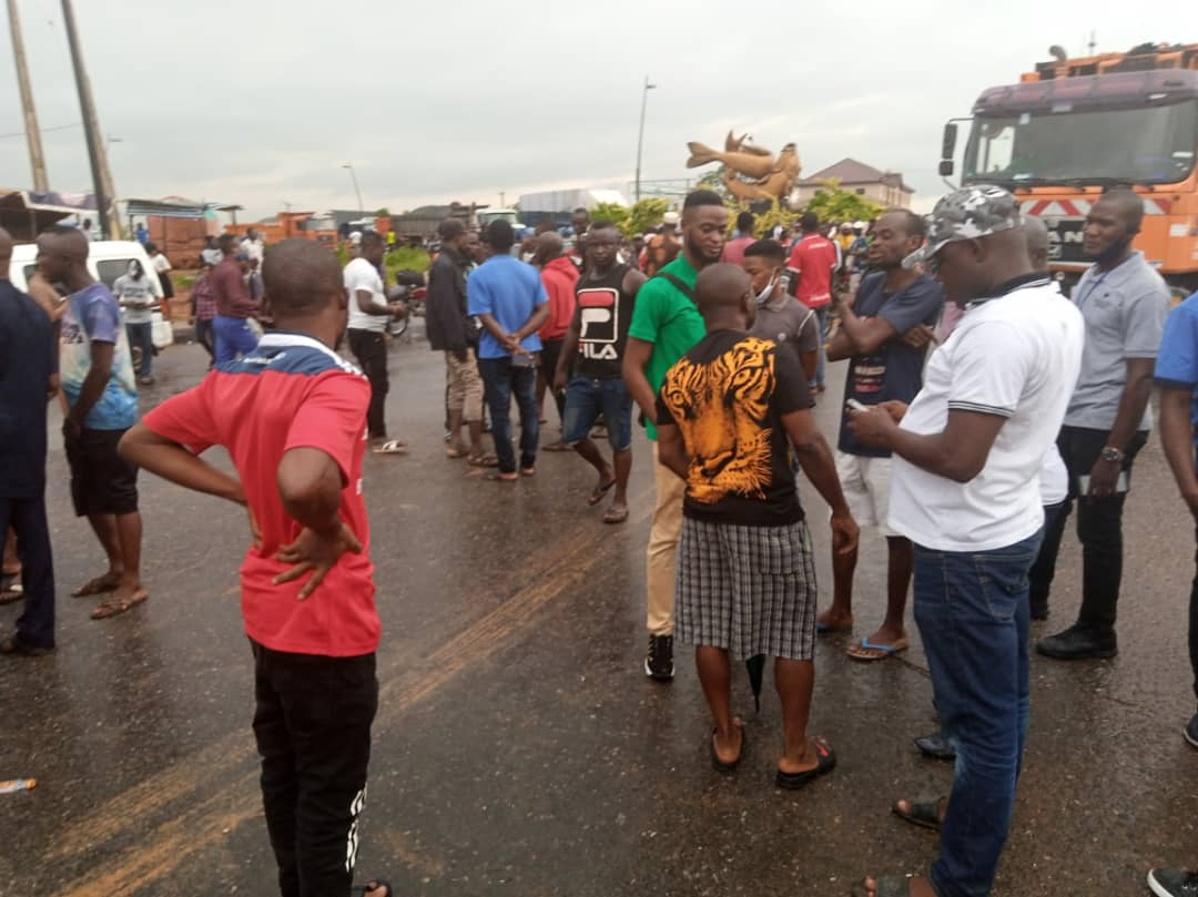 Motorists Blame Dangote for Deplorable State of Road in Epe/Ibeju-lekki Express way