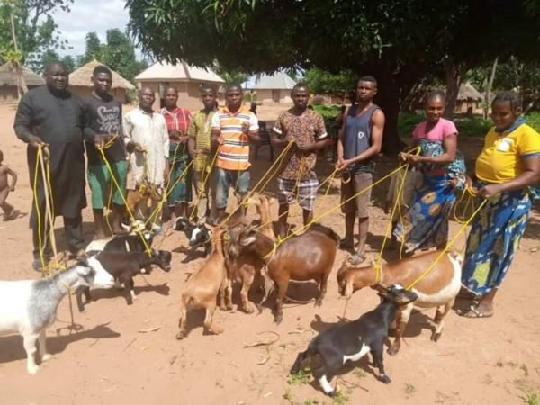 Constituency Project: Politician Donates Ropes For Goat Tying in Benue